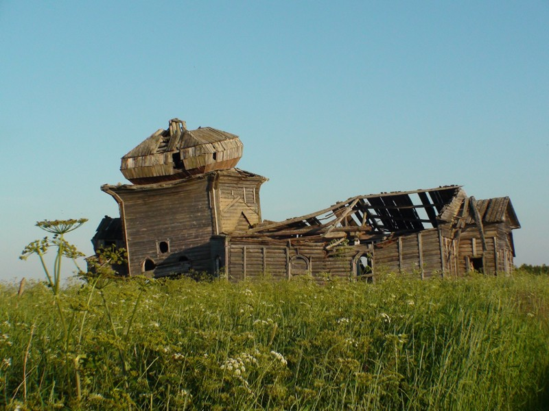 Деревня Унежма. Храм святителя Николая (1826 г.)