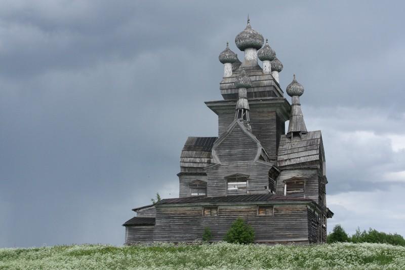 Деревня Подпорожье. Храм Владимирской иконы Божией (1757 г.)
