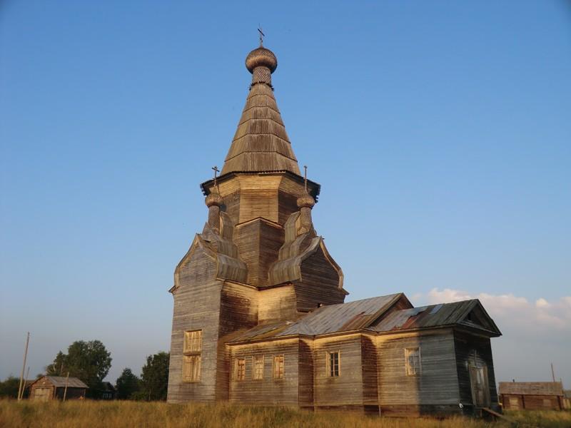 Деревня Пияла. Храм Вознесения Господня (1651 г.)