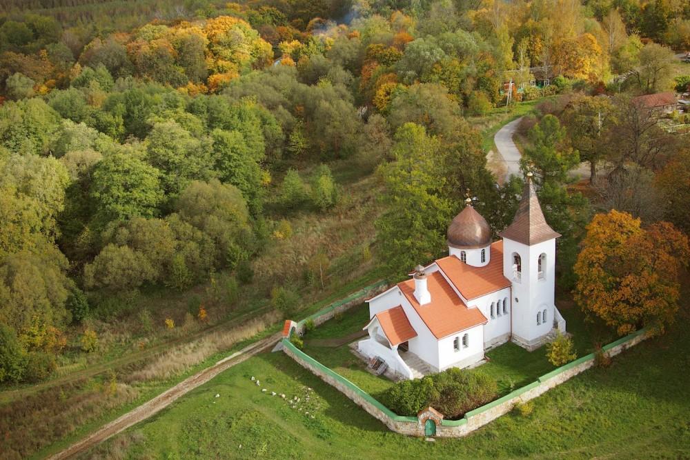 Церковь Святой Троицы в Бехово